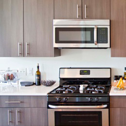 East Terrace Apartments: Gourmet Kitchens