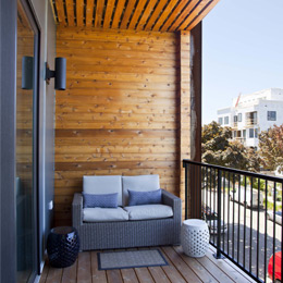 East Terrace Apartments: Huge Private Decks